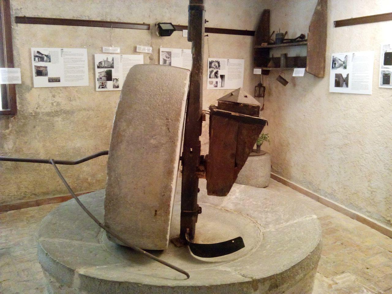 L'antica mola di Dolina per la spremitura delle olive